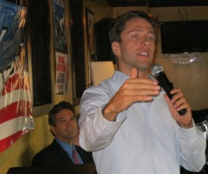 Mike Slater speaks at Tri-City Tea Party - Click to see video of speech